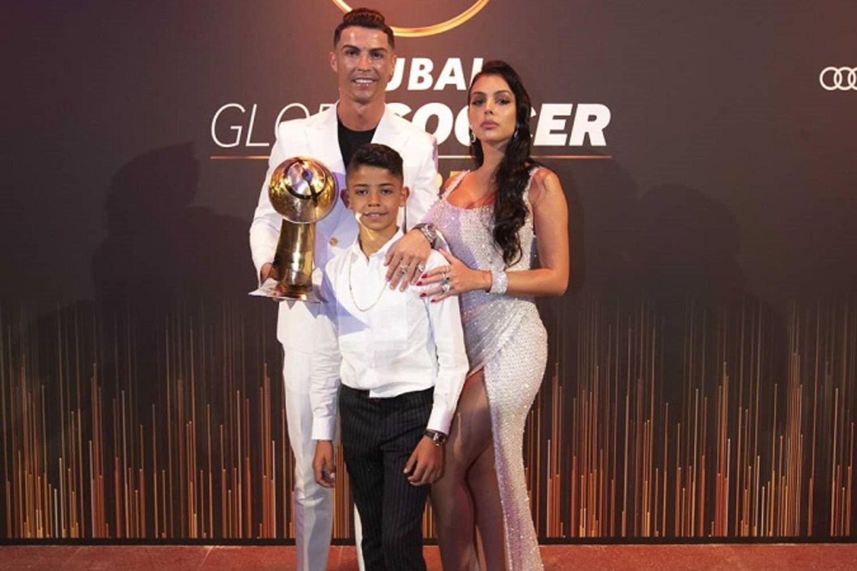 """Cristiano Ronaldo zaskakująco o synu. """"To doprowadza mnie do szału""""   Transfery.info"""